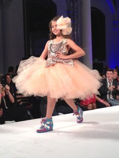 This Hollywood Dolls kids fashion show is really cute.