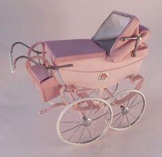 Silver Stream Pram by Colin Roberson, Swan House Miniatures