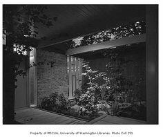 paul hayden kirk   Electri-Living House exterior showing entrance, Medina, 1956