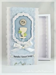 made by żyrafka: Pamiątki komunijne First Communion Cards, Holy Communion Invitations, Première Communion, First Holy Communion, Spellbinders Cards, Stampin Up Cards, Easter Religious, Quilling Cards, Handmade Decorations