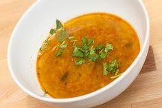 Nydelig spicy suppe med masse søtpotet og frisk koriander. Denne...