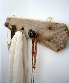 Porte-manteaux , bijoux mural en bois flotté,patère, laiton et céramique