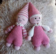 Easter Crochet, Crochet Baby, Knit Crochet, Crochet Toys Patterns, Stuffed Toys Patterns, Craft Markets, Baby Toys, Cuddling, Crochet Projects