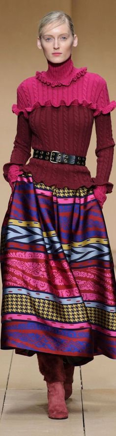 Laura Biagiotti FW-16/17: pink & burgundy sweater, printed skirt.