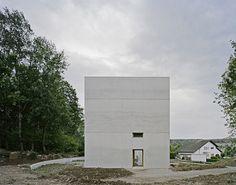 Hexahedron House by Architekturbüro Stocker