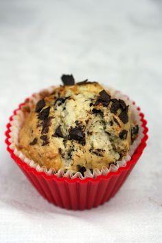 ChilliJemy: Muffinki z bananami i gorzką czekoladą - dobrze nadziane
