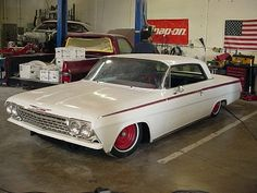 www.jimenezbroscustoms.com is a place that can make your #HotRod or #ClassicCar dreams come true RIVERSIDE CALIFORNIA
