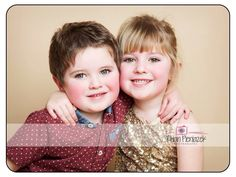 Families. Siblings. Rhian Pieniazek Photography.