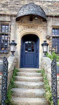 Rochefort en Terre, Brittany - by AieshaB, via Flickr