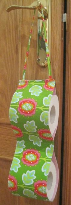 Silvia´s CRAFTS: Fabric Toilet Paper Holder