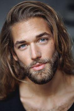 50 Short Beard Styles For Men - Fashionable Facial Hair Ideas Gorgeous Hair, Gorgeous Men, Pretty Men, Hair And Beard Styles, Long Hair Styles, Hommes Sexy, Men Style Tips, Facial Hair, Bearded Men