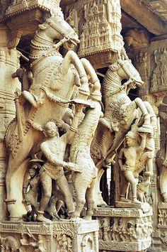 trichy - sri ranganathaswamy temple - sculpture