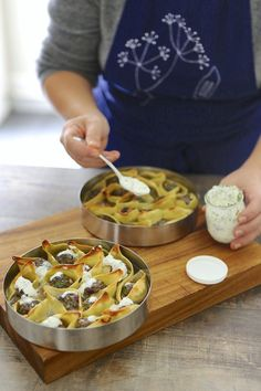 Le yaourt est l'ingrédient astucieux par excellence. Sa fraîcheur et son goût acidulé donnent de la vivacité aux sauces. Cette recette de conchiglioni est à tester de toute urgence.