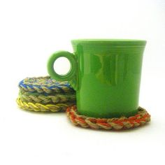 Jute Coasters - Free Crochet Pattern. Perfect for a last minute gift. Include in a gift basket for a tea or coffee lover.