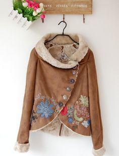Desigual női műszőrme divat kabát, hímzett 14990.- - Női bunda, irhakabát
