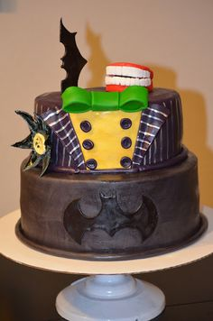 Traylor Made Treats: Batman & Joker Cake