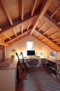 マイホームには書斎を持ちたい、誰しも一度は憧れるのではないでしょうか?趣味の部屋を兼ねた書斎、じっくり本と向き合うための書斎、あなたはどんな書斎が理想でしょう…