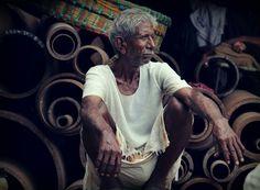 Hard worker @mumbai_reayroad