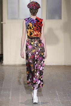Maison Martin Margiela Spring Couture 2013 - Slideshow