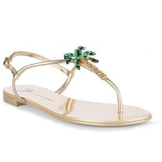 Venice Beach Metallic Palm Tree Sandals (2.290 RON) ❤ liked on Polyvore featuring shoes, sandals, sandales, beige, toe strap sandals, gold metallic sandals, palm beach sandals, strappy sandals and low heel sandals