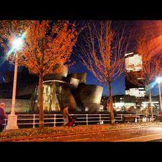 Guggenheim Bilbao y la torre de Iberdrola (César Pelli)