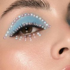 Tropical summer discovered by Jarbas Jacare on We Heart It Dope Makeup, Pretty Eye Makeup, Edgy Makeup, Makeup Eye Looks, Eye Makeup Art, Makeup Inspo, Makeup Inspiration, Beauty Makeup, Gem Makeup