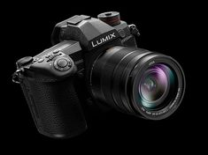 Panasonic G9 offers pro-level features 20 fps bursts huge EVF and class-leading image stabilization