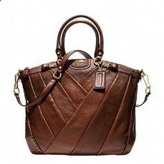 de226f464 Limited Edition Exclusive Handbags, Purses, and Bags from Coach Bolsas De  Couro, Bolsas