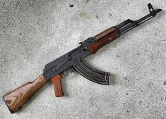 Images of firearms and other weapons.Nazis fuck off. Ak 47, Revolver Rifle, Cool Guns, Awesome Guns, Lever Action Rifles, Fire Powers, Custom Guns, Military Guns, Assault Rifle