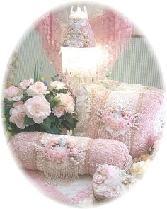 Stupendous Tips: Shabby Chic Baby Shower Burlap shabby chic pillows diy.Shabby Chic Living Room On A Budget shabby chic furniture stencil. Shabby Chic Pillows, Shabby Chic Crafts, Shabby Chic Living Room, Shabby Chic Bedrooms, Shabby Chic Cottage, Shabby Chic Homes, Shabby Chic Furniture, Shabby Chic Decor, Chic Bedding