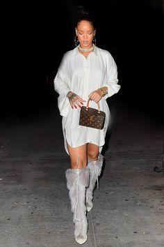"""Rihanna at """"Pasquale Jones"""" restaurant in New York. (21st September 2016)"""