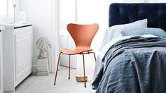 No dejes que un poco de lluvia arruine tu día, nosotros con gusto te esperamos en Nativa Interiorismo. #FelizMiércoles #Silla3107 #ArneJacobsen #NativaInteriorismo #MueblesDeDiseño  #Mexico #CDMX #RomaSur #LaRoma #TiendaDeMuebles #Muebles #Furniture #Diseño #Design #Decoracion #Decoration #Arte #Art #Interior #Interiores #Casa #HomeDecor #Silla #Chair #Estilo #Calidad #Ideas #Comfort www.nativainteriorismo.com.mx contacto@nativainteriorismo.com.mx  0155-55647715 CDMX