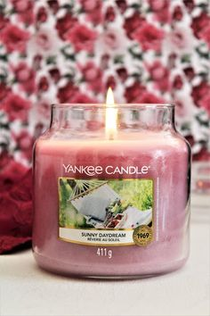 Bougie Yankee Candle, Yankee Candles, Candle Jars, Candels, Bath And Body Works, Daydream, Sunnies, Fragrance, Home Scents