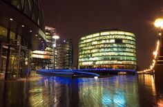 I'm watching you ! Office Space London, Opera House, Building, Wordpress, Life, Buildings, Construction, Opera