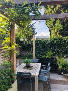 Garden Makeover, Big Garden, Backyard Projects, Outdoor Settings, Backyard Landscaping, Countryside, Garden Design, Garden Ideas, Sweet Home