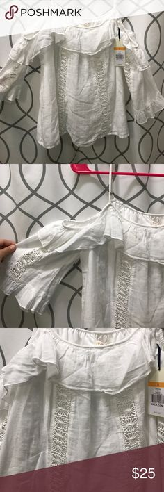 Juniors White Ruffle and Crochet Detailed Top Juniors white ruffled and chrochet detailed top. Spaghetti straps with off the shoulder sleeves. Size Small. Red Camel Tops Blouses