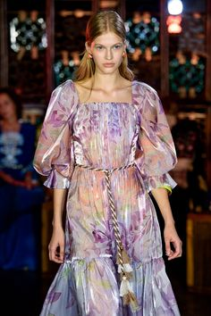 London City Wrap: Print & Pattern Highlights – Spring 2019 Ready-to-Wear Red Carpet Ready, London City, Ball Dresses, Catwalk, Print Patterns, Fashion Brands, Ready To Wear, Cold Shoulder Dress, Chiffon