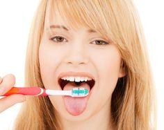 Quando laviamo i #denti dobbiamo ricordarci anche di spazzolare la #lingua, in modo da togliere i batteri che si sono accumulati e rinfrescare l'alito :)