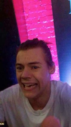 Harry Styles Baby, Harry Styles Fotos, Harry Styles Mode, Harry Styles Funny, Harry Styles Pictures, Harry Edward Styles, One Direction Humor, One Direction Pictures, Foto One