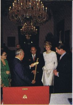 November 4 1989 Diana at a Banquet at the Istana Merdeka (Freedom Palace) in Jakarta, Indonesia, hosted by President and Mrs Suharto