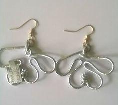 Silver maple leaf-ish earring---TRJ