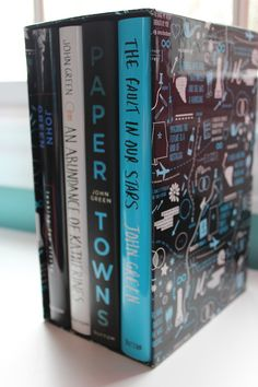 Looking for Alaska, An Abundance of Katherines, Paper Towns & The Fault in Our Stars John Green complete boxed set Book Tv, Book Club Books, Book Lists, Ya Books, Good Books, Books To Read, John Green Books, John Green Author, Paper Towns