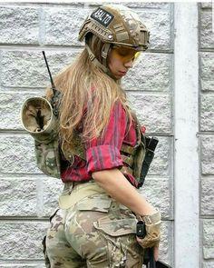 Hot Girls In Military Uniform - Page 15 of 20 - Djuff Mädchen In Uniform, Mädchen In Bikinis, Female Soldier, Army Soldier, Military Girl, Military Women, Girls Uniforms, 1 Girl, Women Hunting
