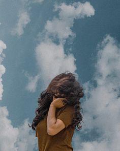 Friend Poses Photography, Self Portrait Photography, Teenage Girl Photography, Photography Poses Women, Girl Photography Poses, Best Photo Poses, Girl Photo Poses, Foto Gif, Stylish Photo Pose