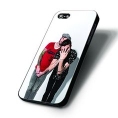 Twenty ONE Pilots Image - Iphone 4/4s Cases (Black) New http://www.amazon.com/dp/B019GYLSOW/ref=cm_sw_r_pi_dp_ZrCOwb1XSHVQ7