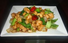 STIR-FRY CHICKEN WITH VEGETABLES IN SESAME OIL