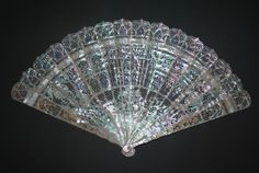 RARE ANTIQUE FRENCH NEO GOTHIC REVIVAL STYLE CARVED MOTHER OF PEARL BRISE FAN