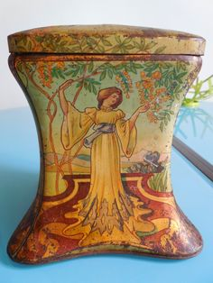 Antique French biscuit tin