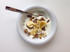 Studying for final exams - needed a little bowl of yoghurt, homemade glutenfree granola and banana.