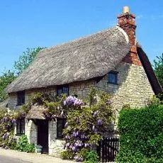 Thatched roof english cottage with wysteria. Fairytale Cottage, Storybook Cottage, Little Cottages, Cabins And Cottages, English Country Cottages, English Countryside, Country Houses, Cute Cottage, Cottage Style
